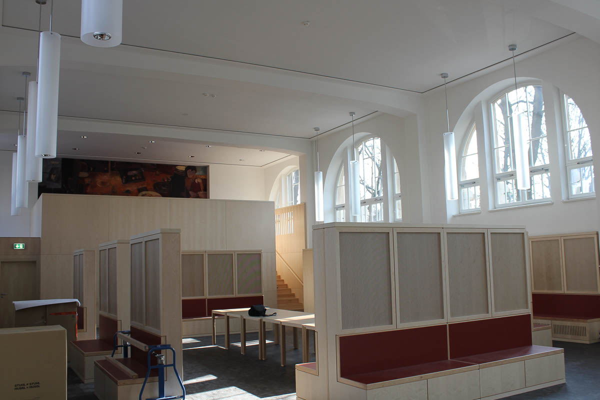 objekteinrichtung m bel berlin sporthalle pausenbereich tischlerei f r exklusiven m belbau und. Black Bedroom Furniture Sets. Home Design Ideas